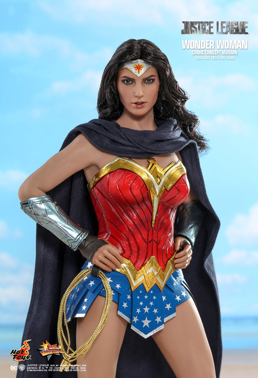 NEW PRODUCT: HOT TOYS: JUSTICE LEAGUE WONDER WOMAN (COMIC CONCEPT VERSION) 1/6TH SCALE COLLECTIBLE FIGURE 1104