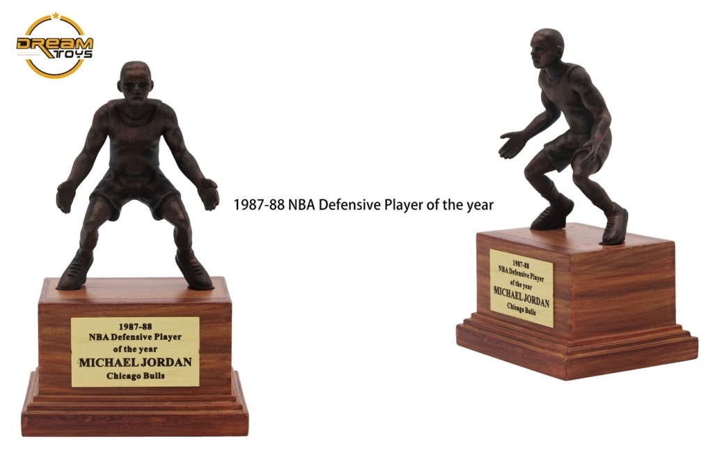 NEW PRODUCT: DREAMTOYS New: 1/6 MJ23 KB24 Jordan / Kobe - Honor Trophy Set 1131