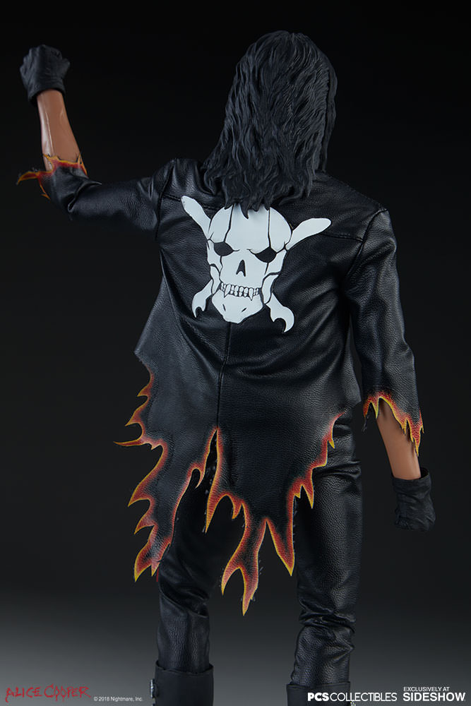 NEW PRODUCT: Alice Cooper Sixth Scale Figure by Pop Culture Shock 1165