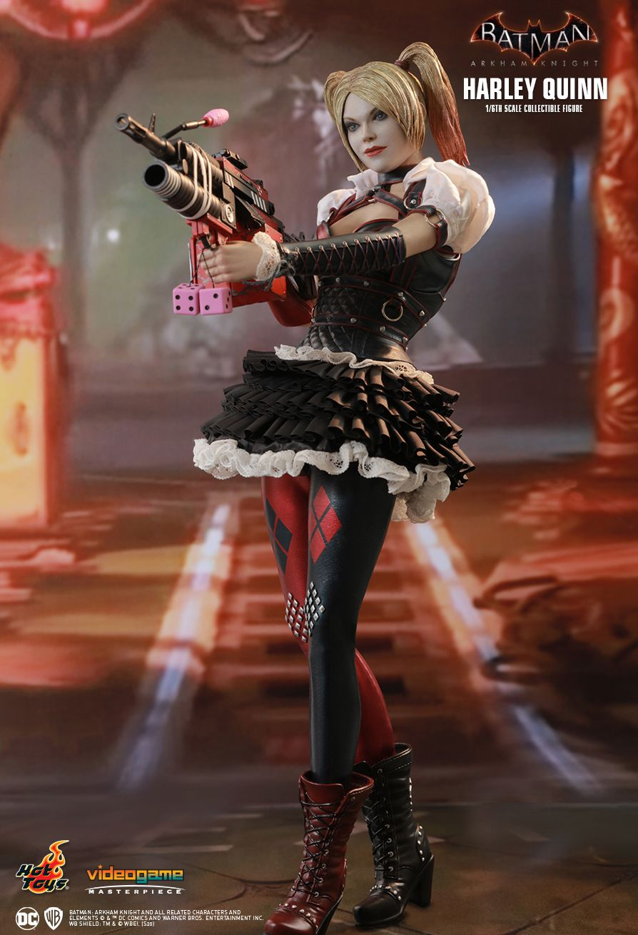 HarleyQuinn - NEW PRODUCT: HOT TOYS: BATMAN: ARKHAM KNIGHT HARLEY QUINN 1/6TH SCALE COLLECTIBLE FIGURE 12220