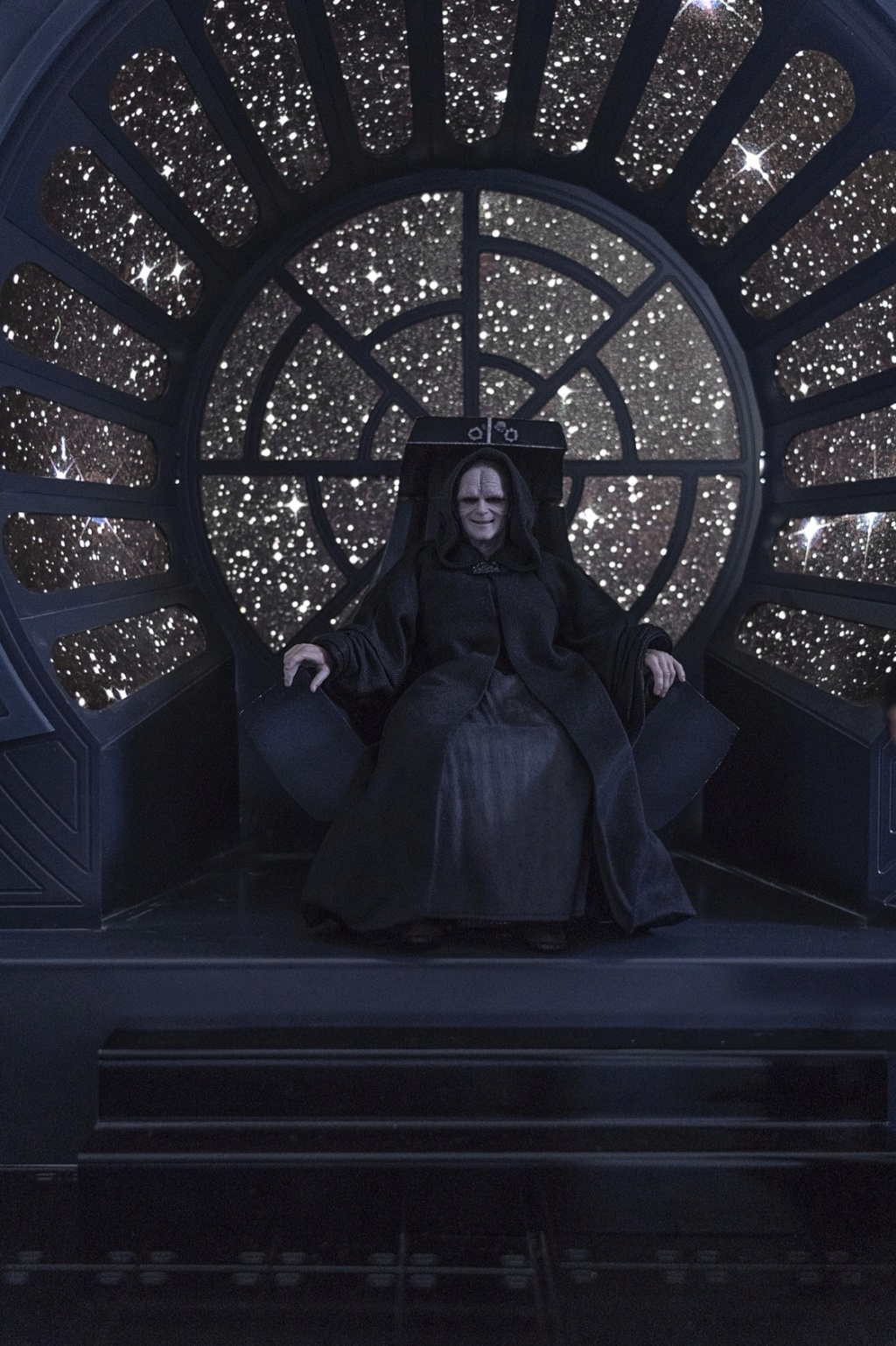 rotj - Hot Toys Star Wars Emperor Palpatine (Deluxe) Review - Page 2 1396
