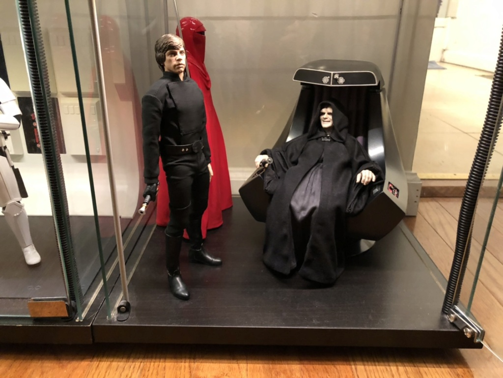 rotj - Hot Toys Star Wars Emperor Palpatine (Deluxe) Review - Page 2 1398