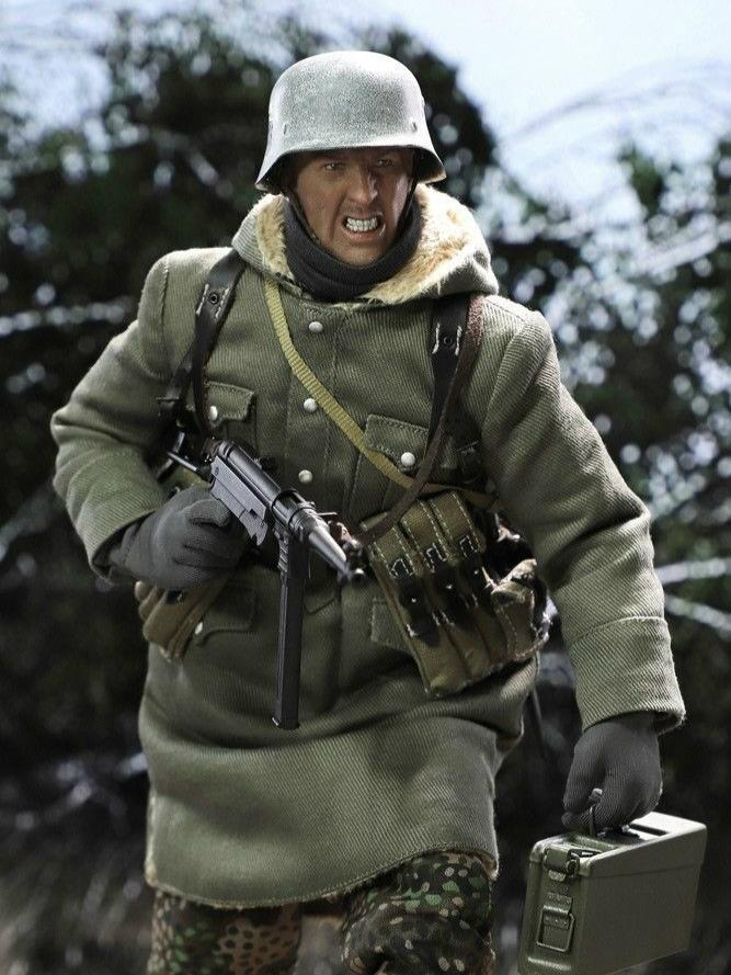 DiD - NEW PRODUCT: DiD 1/6 scale figure Egon - SS-Panzer-Division Das Reich MG42 Gunner B 144
