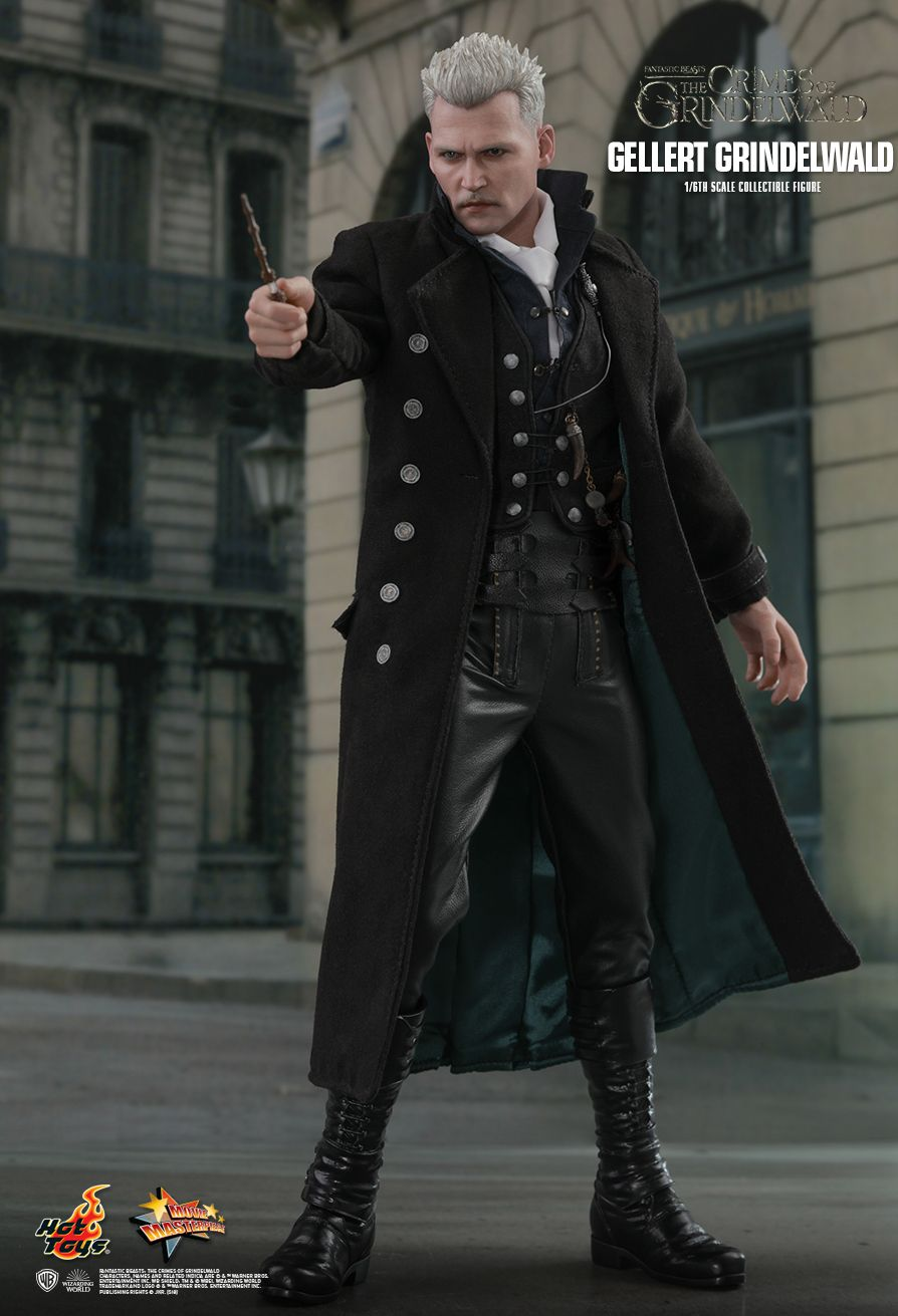 NEW PRODUCT: HOT TOYS: FANTASTIC BEASTS: THE CRIMES OF GRINDELWALD GELLERT GRINDELWALD 1/6TH SCALE COLLECTIBLE FIGURE 1555