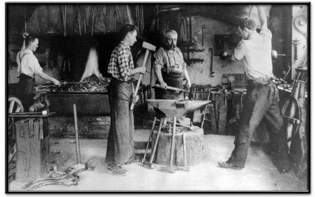 Scratchbuild - Blacksmith's workshop - Page 3 1800s10
