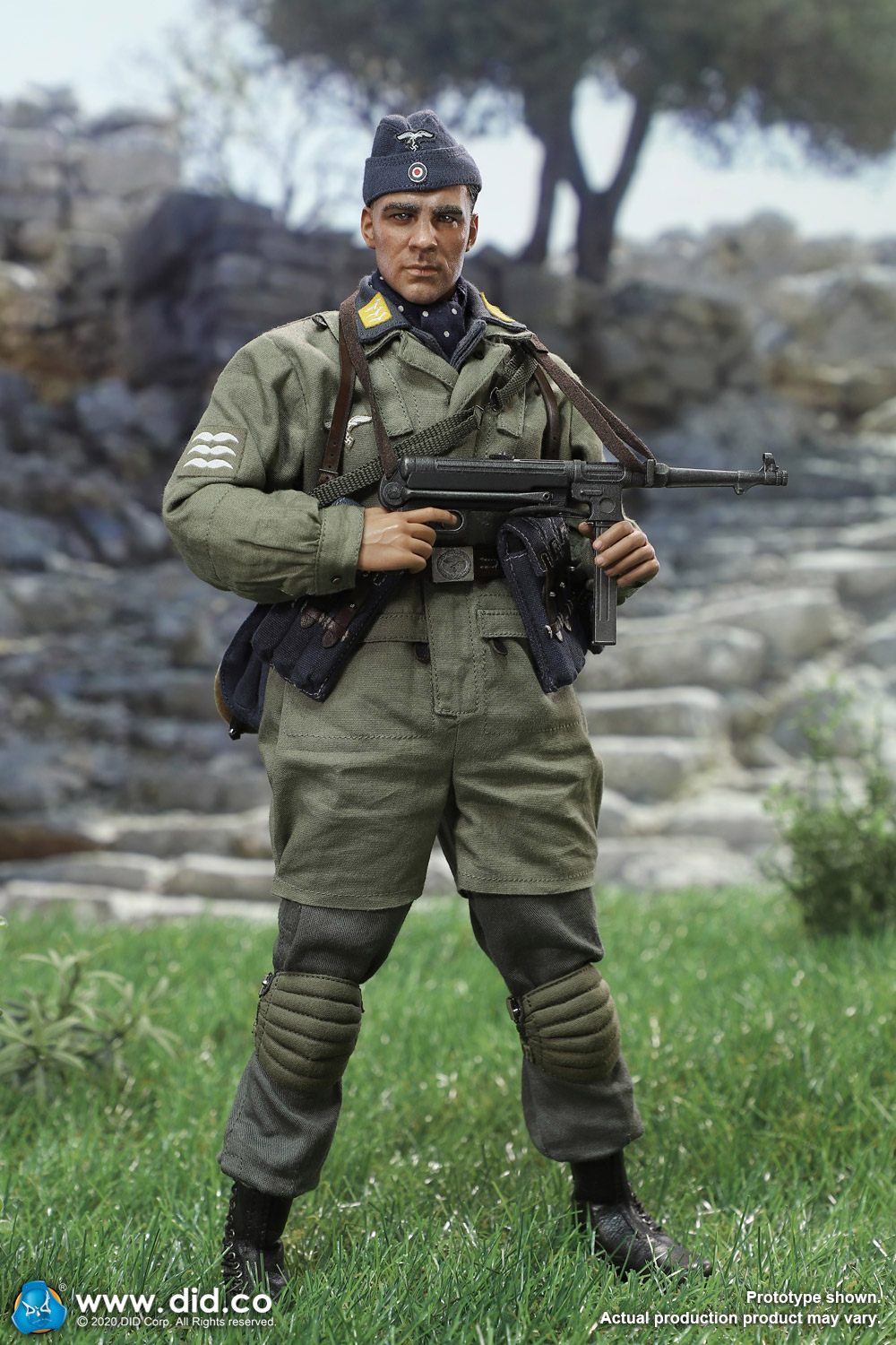did - NEW PRODUCT: DID: 1/6 World War II Paratrooper Green Devil-Schmeling (# D80146) 18454210