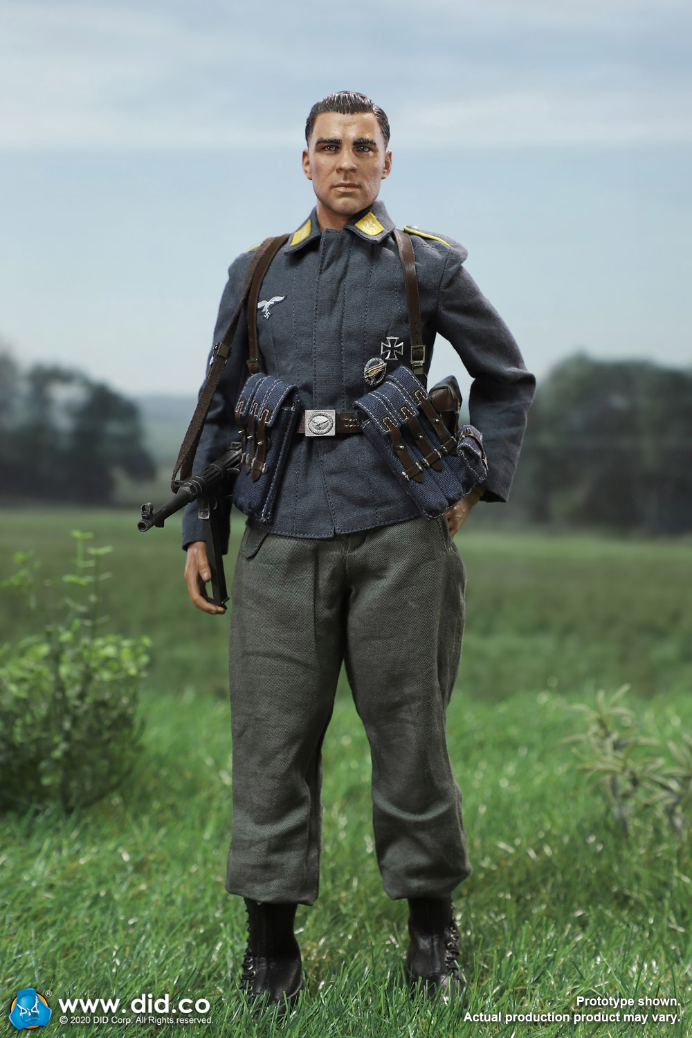 did - NEW PRODUCT: DID: 1/6 World War II Paratrooper Green Devil-Schmeling (# D80146) 18455010