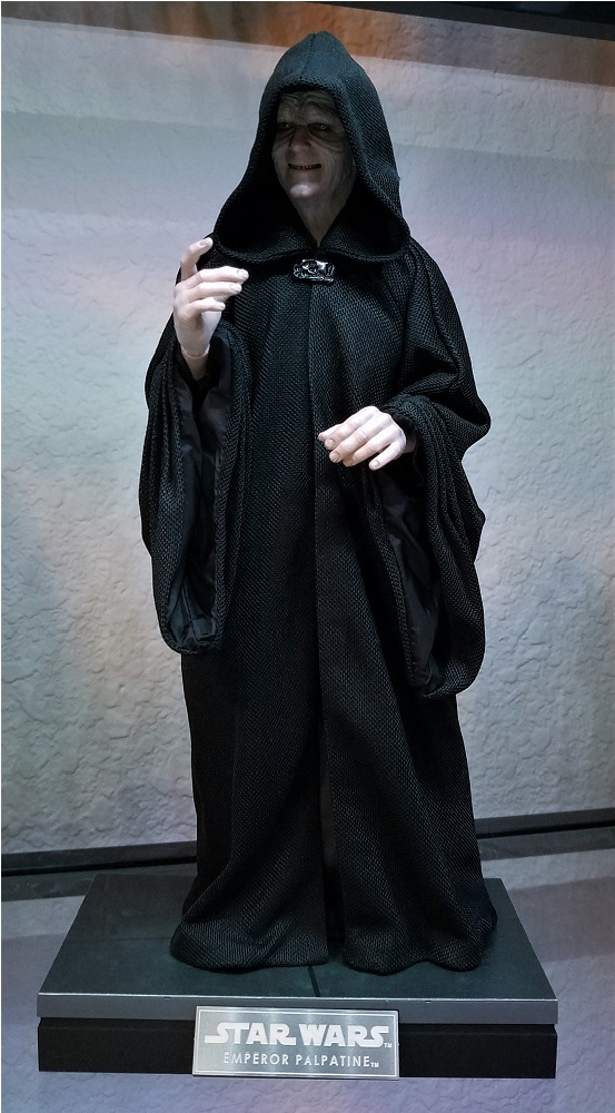 rotj - Hot Toys Star Wars Emperor Palpatine (Deluxe) Review - Page 2 20190118