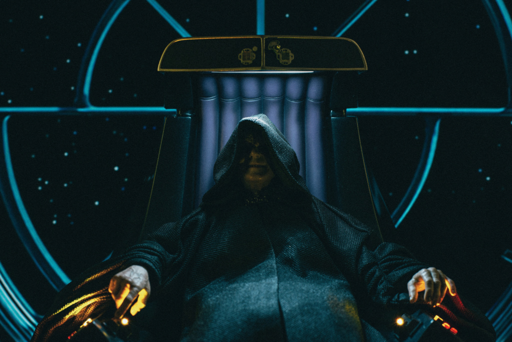 rotj - Hot Toys Star Wars Emperor Palpatine (Deluxe) Review - Page 2 2188