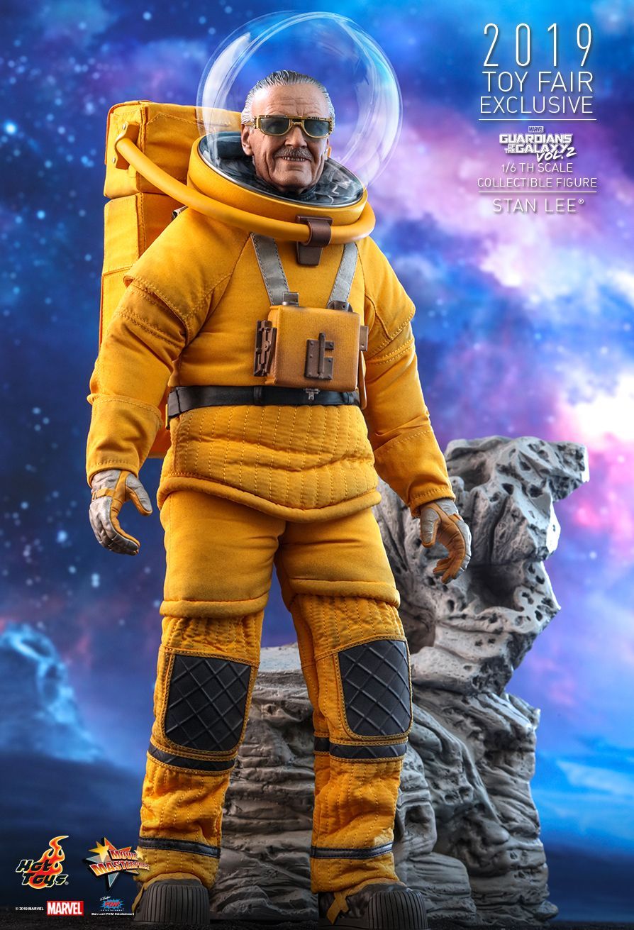 NEW PRODUCT: HOT TOYS: GUARDIANS OF THE GALAXY VOL. 2 STAN LEE® 1/6TH SCALE COLLECTIBLE FIGURE 2369