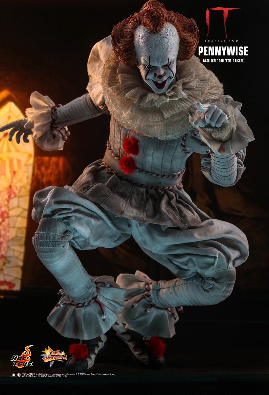 NEW PRODUCT: HOT TOYS: IT CHAPTER TWO PENNYWISE 1/6TH SCALE COLLECTIBLE FIGURE 2401
