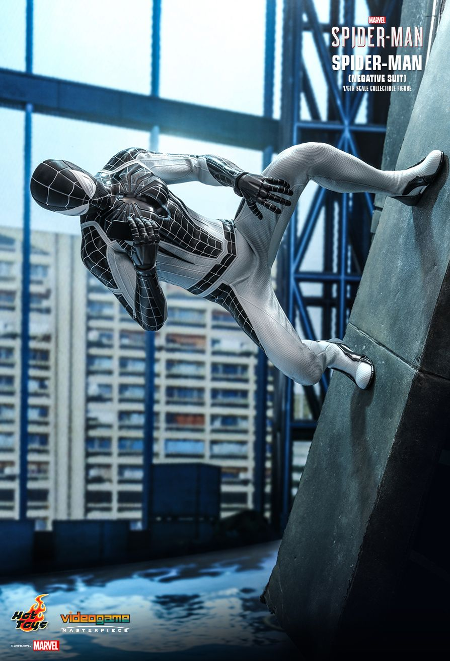Spider-Man - NEW PRODUCT: HOT TOYS: MARVEL'S SPIDER-MAN SPIDER-MAN (NEGATIVE SUIT) 1/6TH SCALE COLLECTIBLE FIGURE (EXCLUSIVE EDITION) 2458