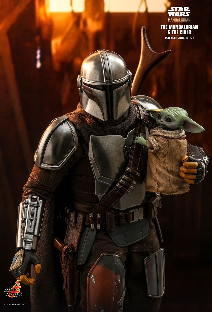 Sci-Fi - NEW PRODUCT: HOT TOYS: THE MANDALORIAN THE MANDALORIAN AND THE CHILD 1/6TH SCALE COLLECTIBLE SET (Standard and Deluxe) 2bb30510