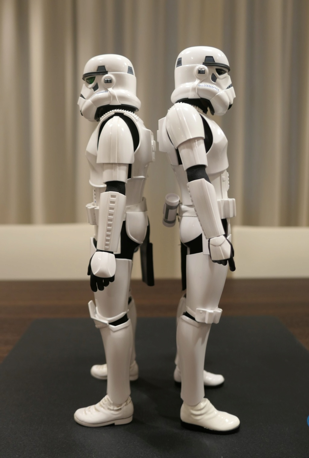 stormtrooper - NEW PRODUCT: HOT TOYS: STAR WARS STORMTROOPER (DELUXE VERSION) 1/6TH SCALE COLLECTIBLE FIGURE 2s0z5l10