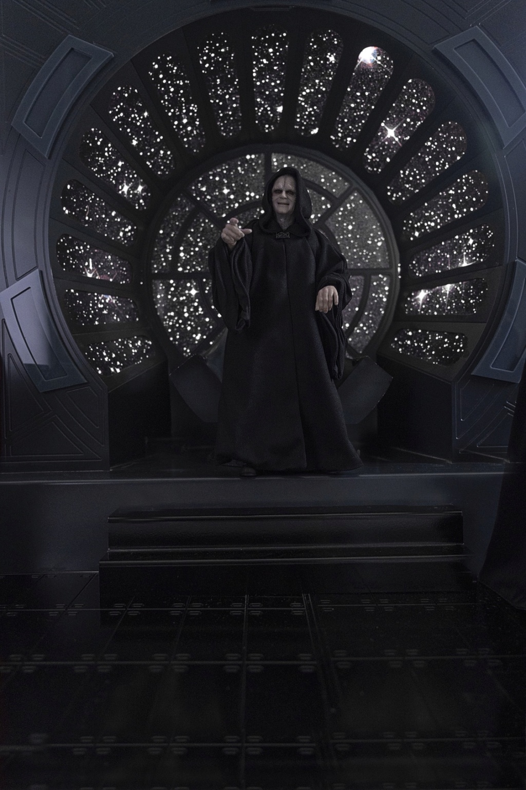 rotj - Hot Toys Star Wars Emperor Palpatine (Deluxe) Review - Page 2 3163