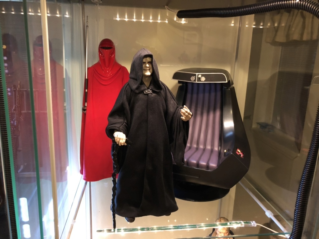 rotj - Hot Toys Star Wars Emperor Palpatine (Deluxe) Review - Page 2 3164