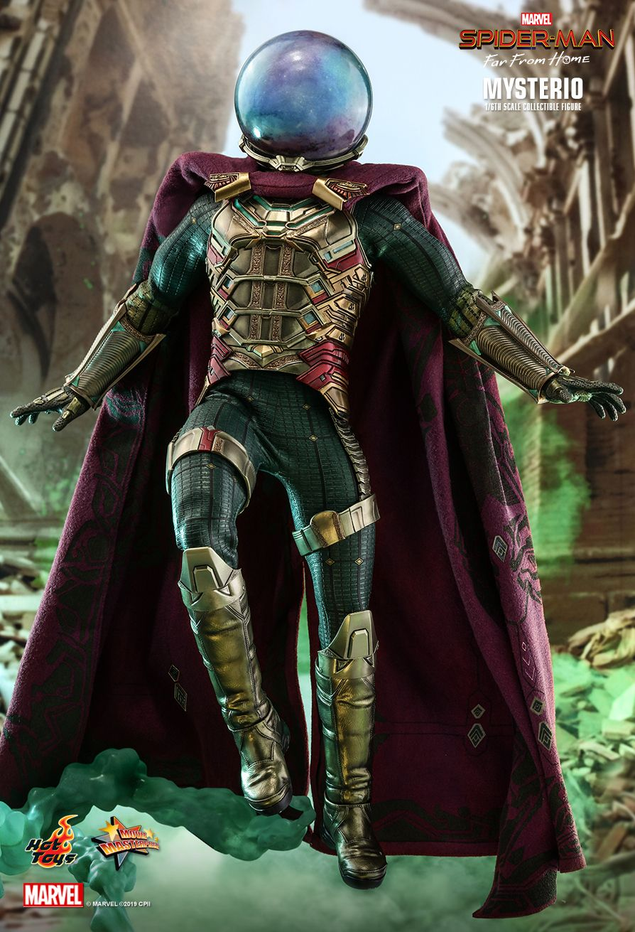 NEW PRODUCT: HOT TOYS: SPIDER-MAN: FAR FROM HOME MYSTERIO 1/6TH SCALE COLLECTIBLE FIGURE 3295