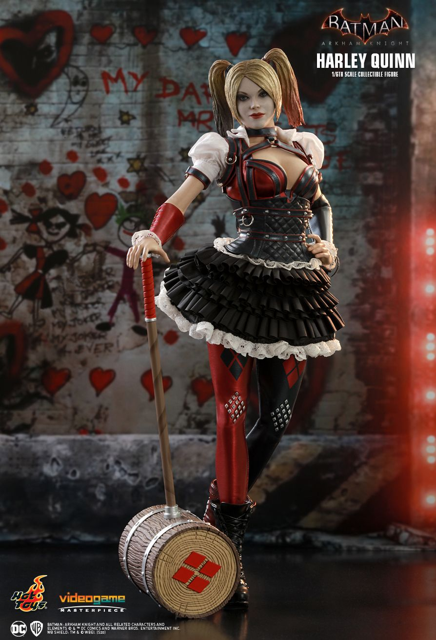 HarleyQuinn - NEW PRODUCT: HOT TOYS: BATMAN: ARKHAM KNIGHT HARLEY QUINN 1/6TH SCALE COLLECTIBLE FIGURE 3357