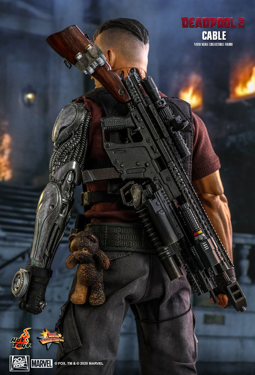 NEW PRODUCT: HOT TOYS: DEADPOOL 2 CABLE 1/6TH SCALE COLLECTIBLE FIGURE 3406