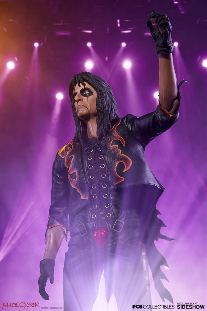 NEW PRODUCT: Alice Cooper Sixth Scale Figure by Pop Culture Shock 396