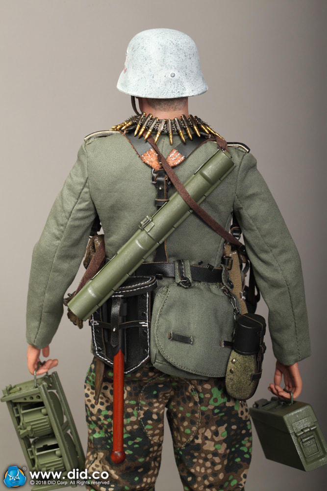 DiD - NEW PRODUCT: DiD 1/6 scale figure Egon - SS-Panzer-Division Das Reich MG42 Gunner B 3a10
