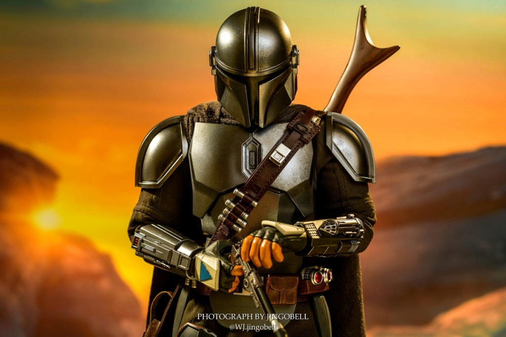 Sci-Fi - NEW PRODUCT: HOT TOYS: THE MANDALORIAN THE MANDALORIAN AND THE CHILD 1/6TH SCALE COLLECTIBLE SET (Standard and Deluxe) 41274410