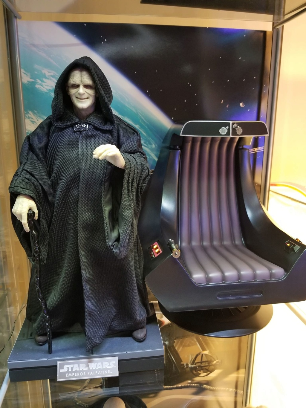 rotj - Hot Toys Star Wars Emperor Palpatine (Deluxe) Review - Page 2 48375710