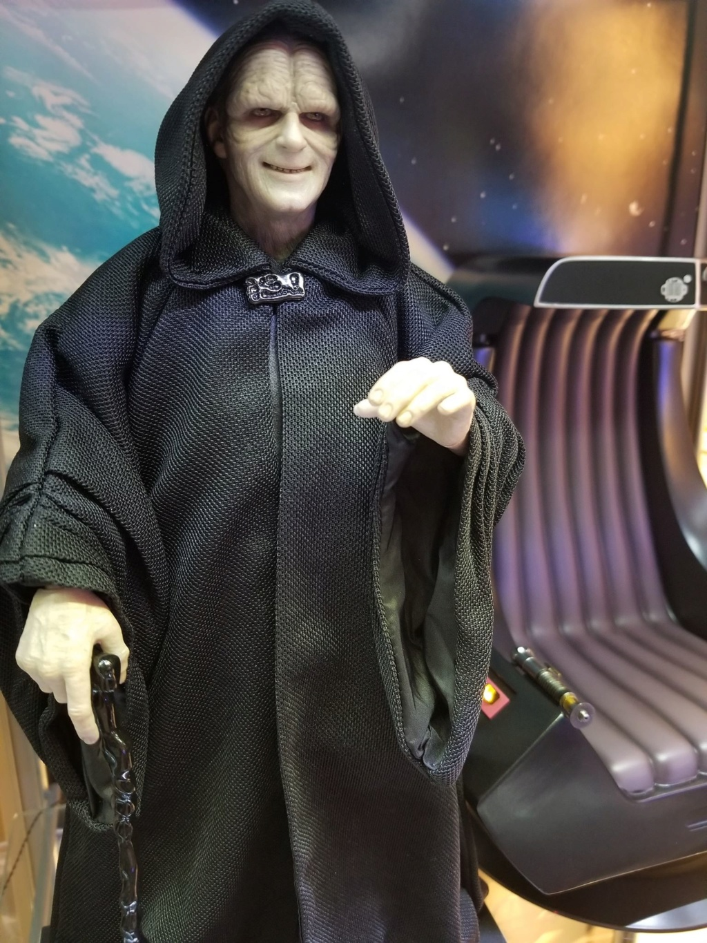 rotj - Hot Toys Star Wars Emperor Palpatine (Deluxe) Review - Page 2 48395410