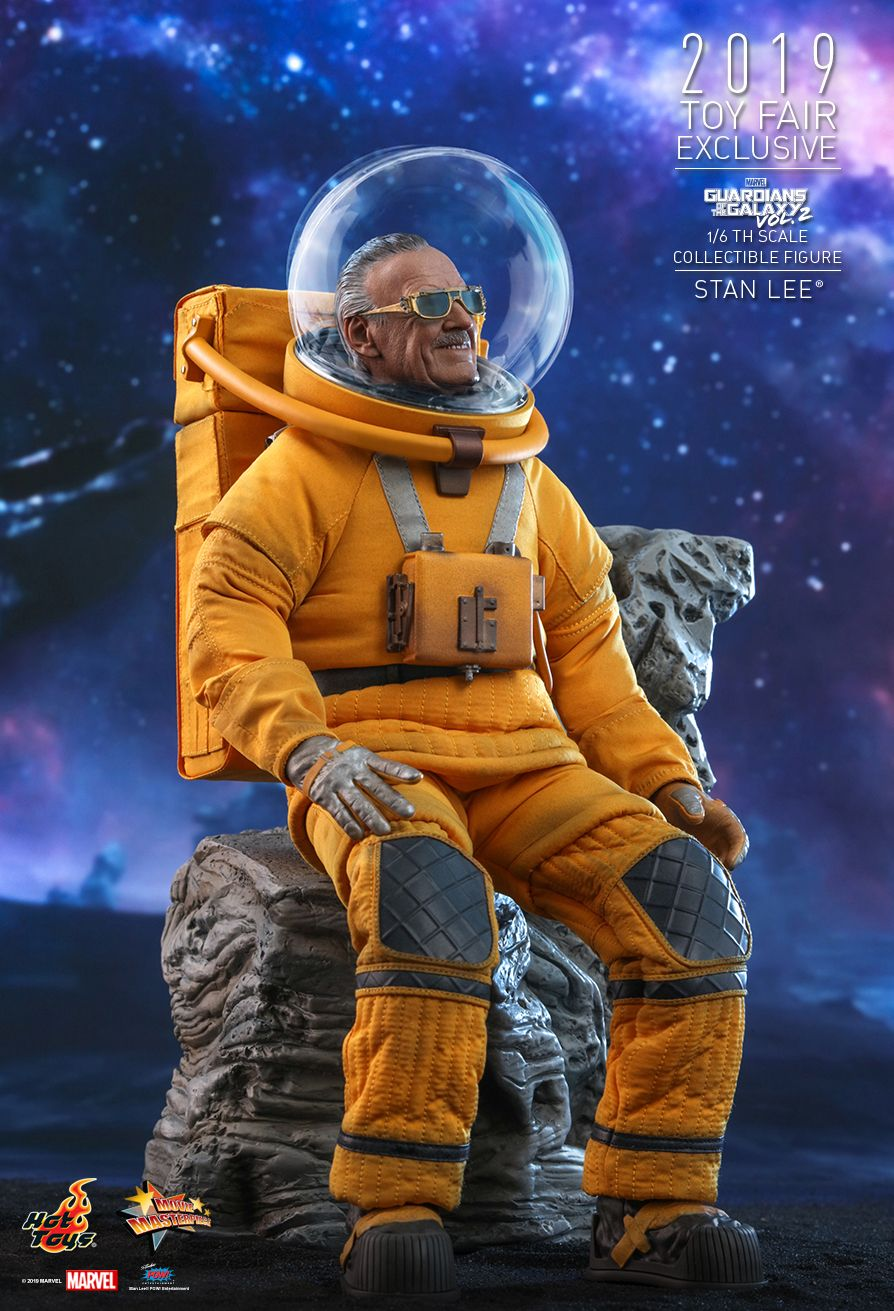 NEW PRODUCT: HOT TOYS: GUARDIANS OF THE GALAXY VOL. 2 STAN LEE® 1/6TH SCALE COLLECTIBLE FIGURE 5236