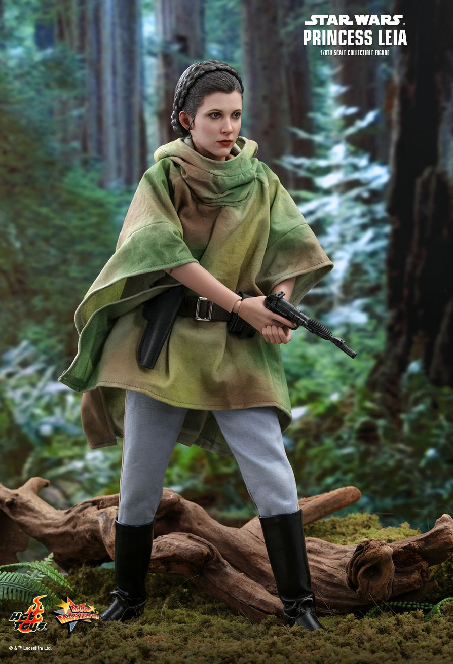 NEW PRODUCT: HOT TOYS: STAR WARS: RETURN OF THE JEDI PRINCESS LEIA 1/6TH SCALE COLLECTIBLE FIGURE 5249
