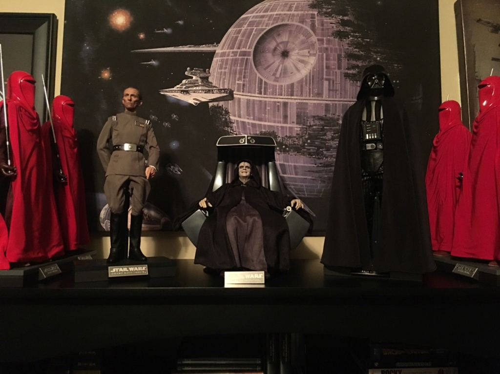 rotj - Hot Toys Star Wars Emperor Palpatine (Deluxe) Review - Page 2 55f1f710