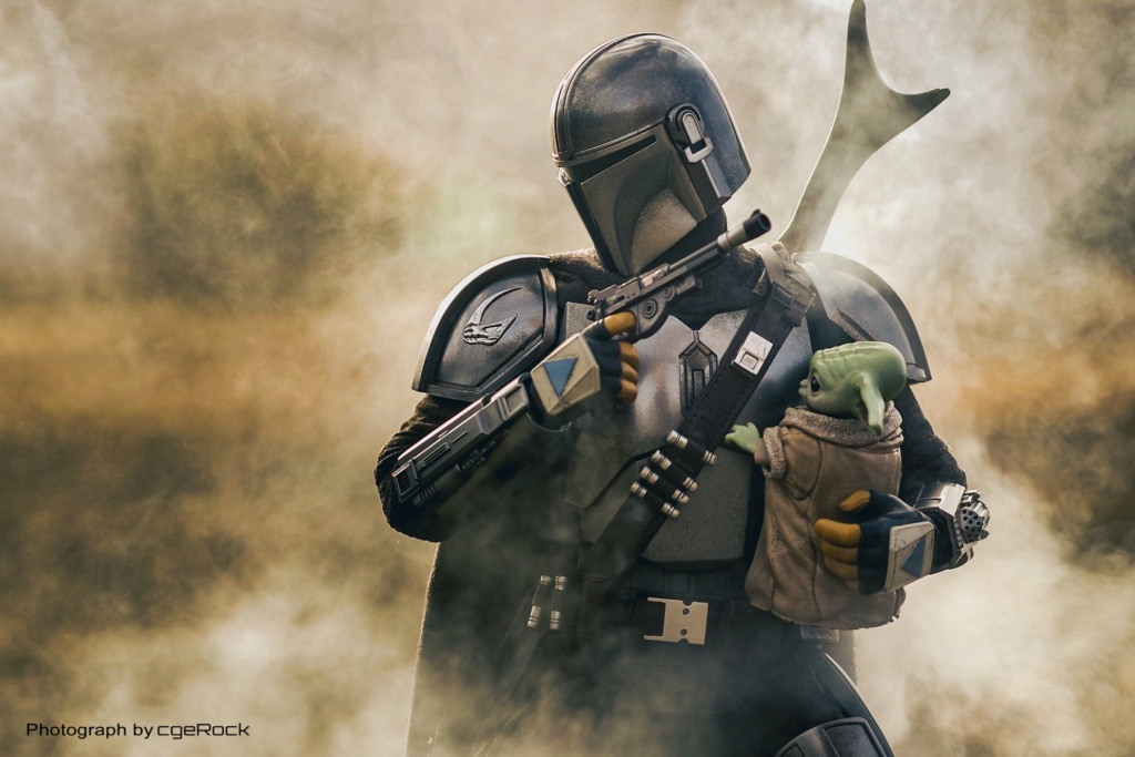 Sci-Fi - NEW PRODUCT: HOT TOYS: THE MANDALORIAN THE MANDALORIAN AND THE CHILD 1/6TH SCALE COLLECTIBLE SET (Standard and Deluxe) 56331410