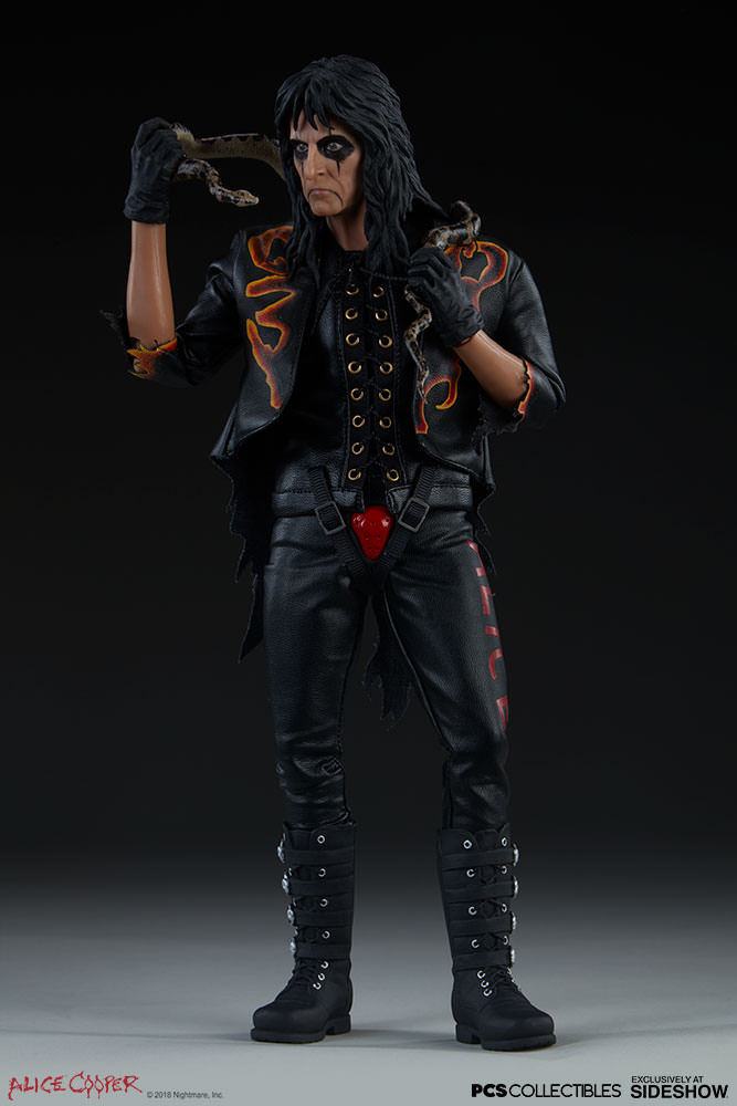 NEW PRODUCT: Alice Cooper Sixth Scale Figure by Pop Culture Shock 589