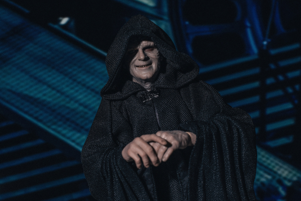 rotj - Hot Toys Star Wars Emperor Palpatine (Deluxe) Review - Page 2 6142