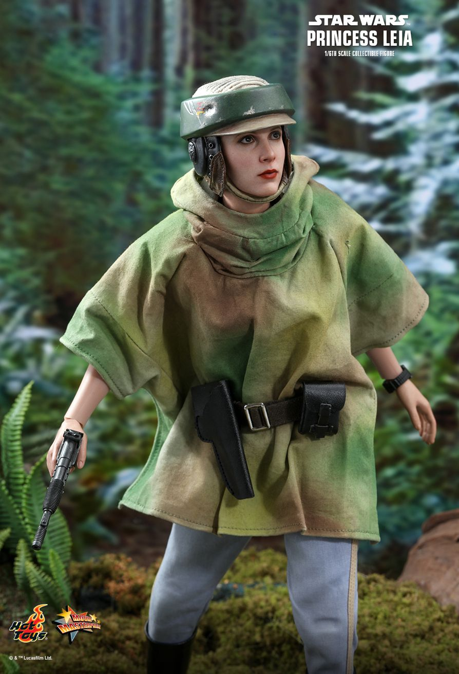NEW PRODUCT: HOT TOYS: STAR WARS: RETURN OF THE JEDI PRINCESS LEIA 1/6TH SCALE COLLECTIBLE FIGURE 6238