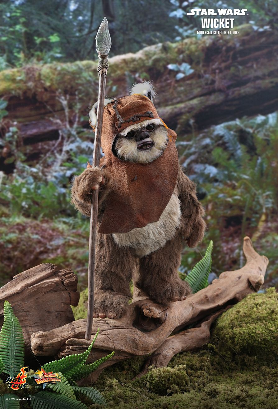 NEW PRODUCT: HOT TOYS: STAR WARS: RETURN OF THE JEDI WICKET 1/6TH SCALE COLLECTIBLE FIGURE 6239