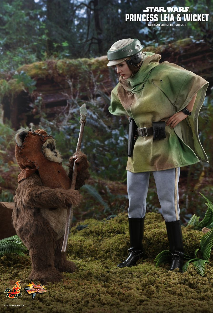 Endor Leia - NEW PRODUCT: HOT TOYS: STAR WARS: RETURN OF THE JEDI PRINCESS LEIA AND WICKET 1/6TH SCALE COLLECTIBLE FIGURES SET 6240
