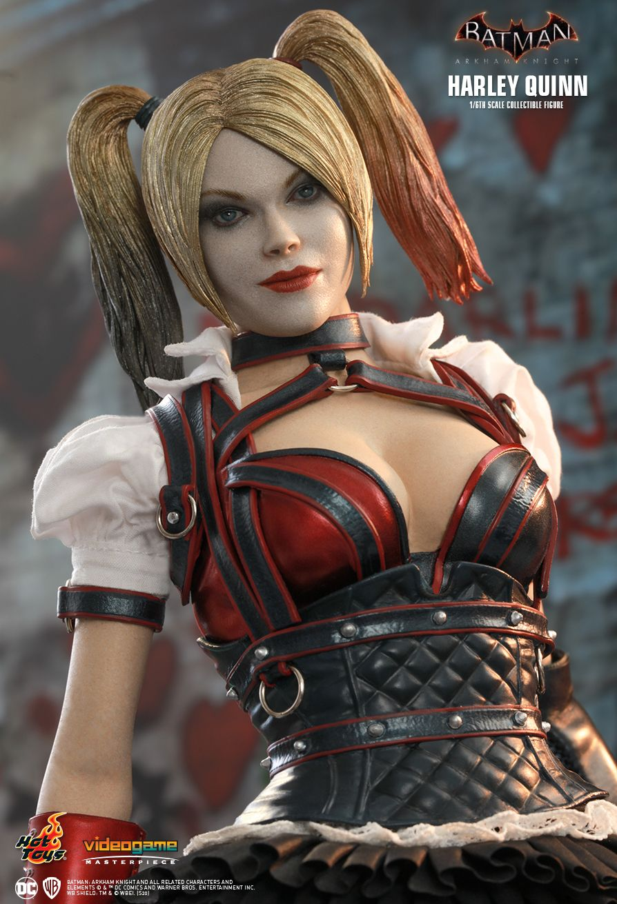 HarleyQuinn - NEW PRODUCT: HOT TOYS: BATMAN: ARKHAM KNIGHT HARLEY QUINN 1/6TH SCALE COLLECTIBLE FIGURE 6301
