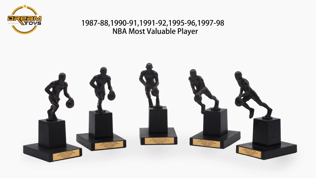 NEW PRODUCT: DREAMTOYS New: 1/6 MJ23 KB24 Jordan / Kobe - Honor Trophy Set 638