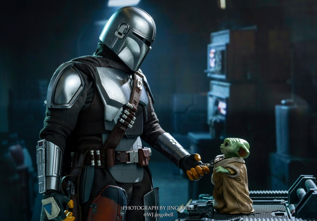 Sci-Fi - NEW PRODUCT: HOT TOYS: THE MANDALORIAN THE MANDALORIAN AND THE CHILD 1/6TH SCALE COLLECTIBLE SET (Standard and Deluxe) 6bc5b410
