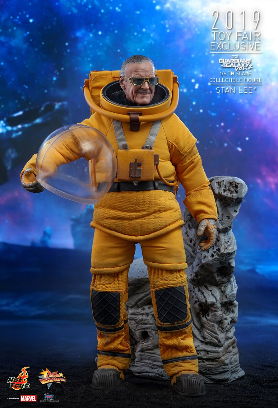 NEW PRODUCT: HOT TOYS: GUARDIANS OF THE GALAXY VOL. 2 STAN LEE® 1/6TH SCALE COLLECTIBLE FIGURE 7219