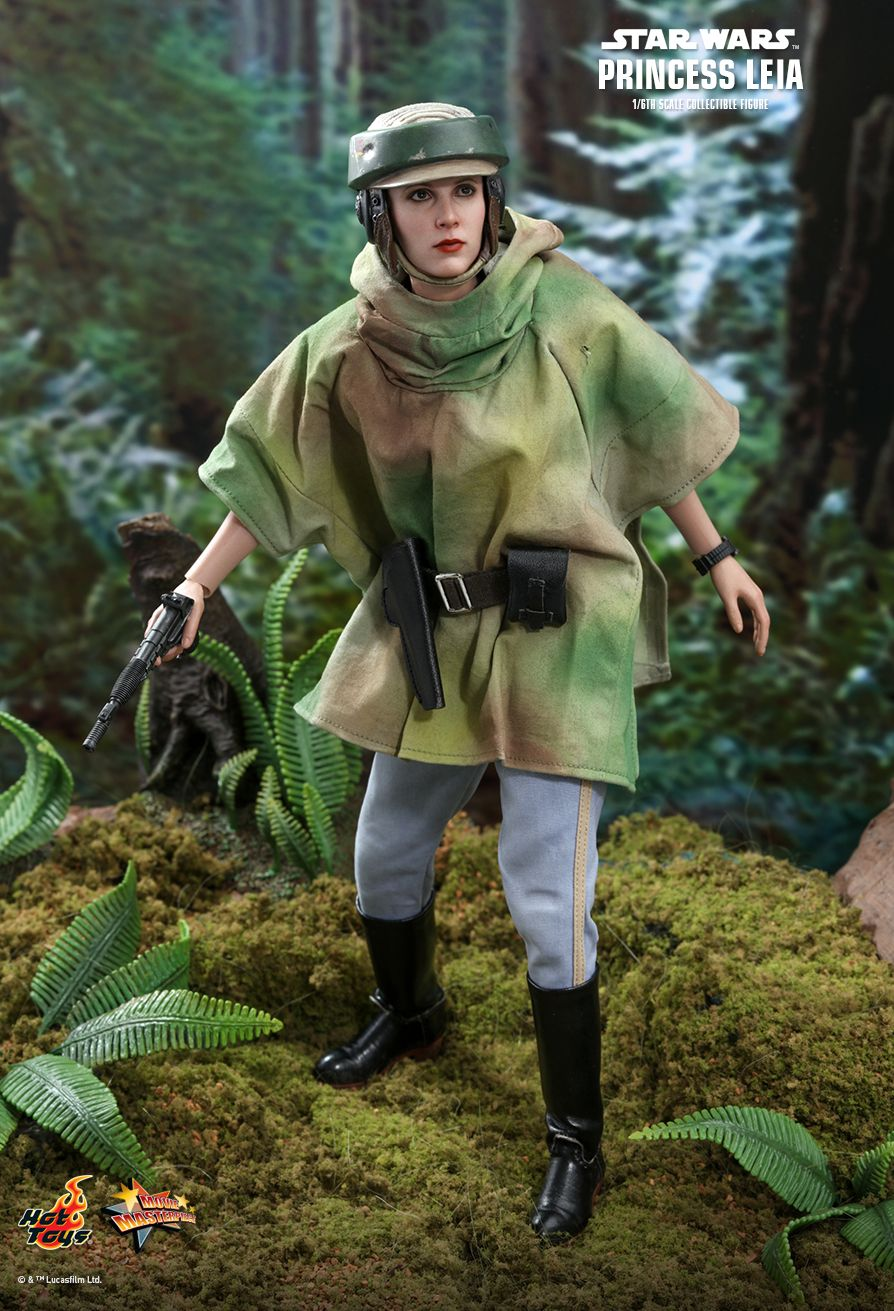 NEW PRODUCT: HOT TOYS: STAR WARS: RETURN OF THE JEDI PRINCESS LEIA 1/6TH SCALE COLLECTIBLE FIGURE 7230