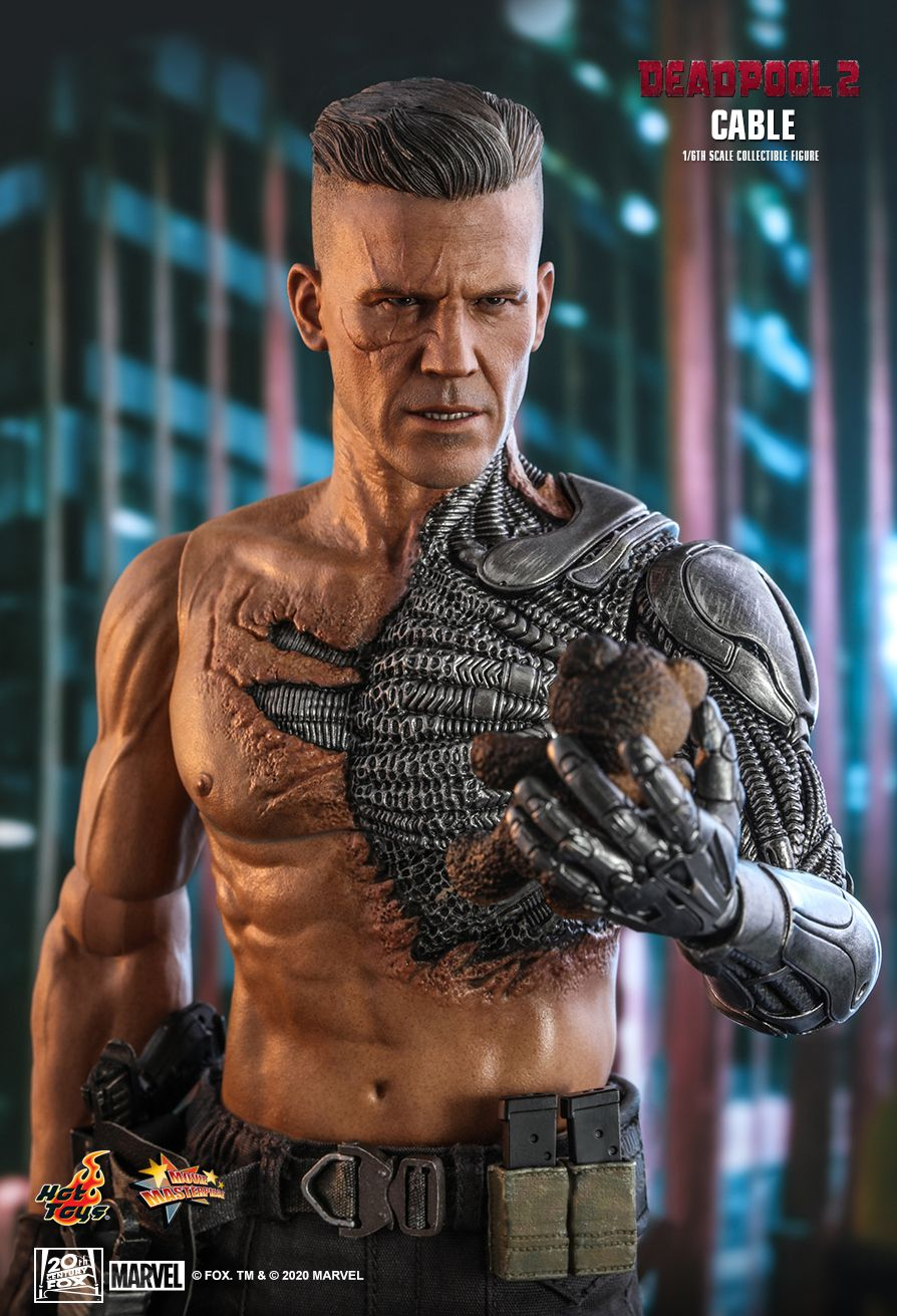 NEW PRODUCT: HOT TOYS: DEADPOOL 2 CABLE 1/6TH SCALE COLLECTIBLE FIGURE 7335