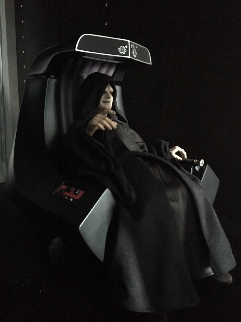 rotj - Hot Toys Star Wars Emperor Palpatine (Deluxe) Review - Page 2 8b115510