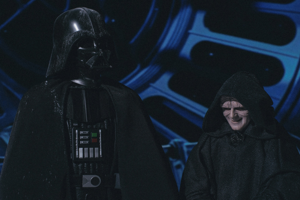 rotj - Hot Toys Star Wars Emperor Palpatine (Deluxe) Review - Page 2 9128