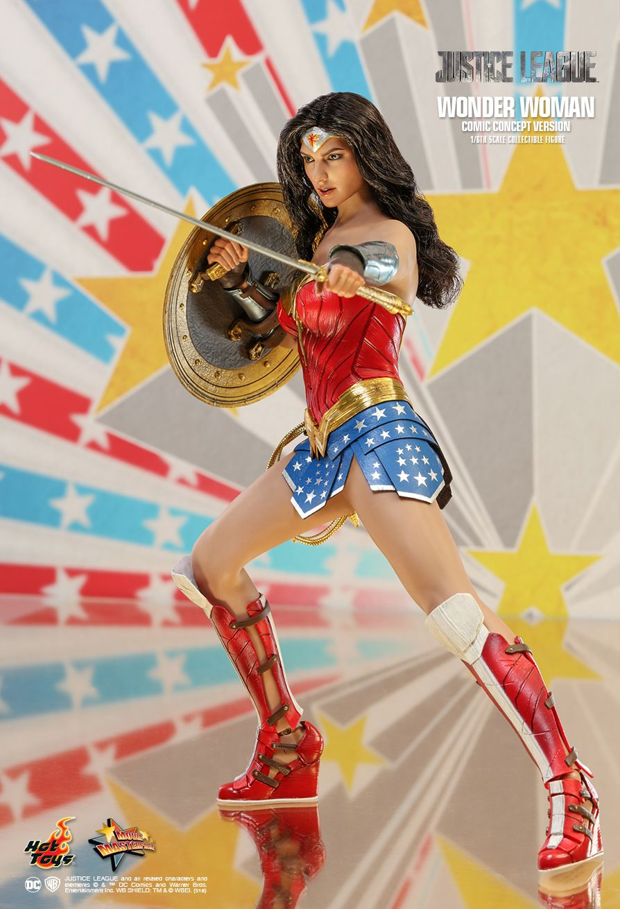 NEW PRODUCT: HOT TOYS: JUSTICE LEAGUE WONDER WOMAN (COMIC CONCEPT VERSION) 1/6TH SCALE COLLECTIBLE FIGURE 990