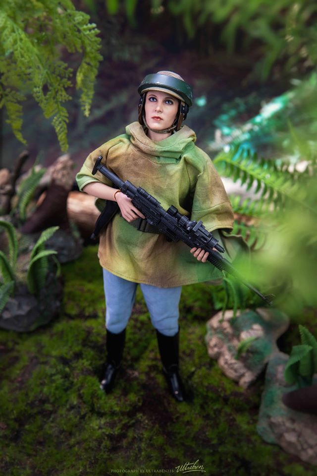 Endor Leia - NEW PRODUCT: HOT TOYS: STAR WARS: RETURN OF THE JEDI PRINCESS LEIA AND WICKET 1/6TH SCALE COLLECTIBLE FIGURES SET Afbd0010