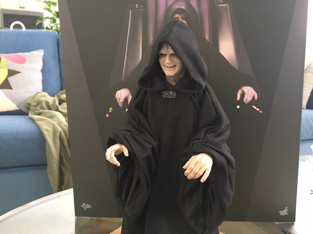rotj - Hot Toys Star Wars Emperor Palpatine (Deluxe) Review - Page 2 C59df110