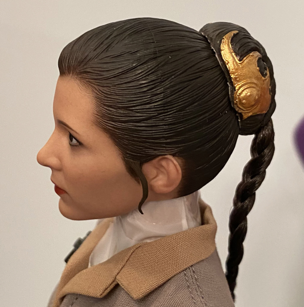 Endor Leia - NEW PRODUCT: HOT TOYS: STAR WARS: RETURN OF THE JEDI PRINCESS LEIA 1/6TH SCALE COLLECTIBLE FIGURE Img_8418