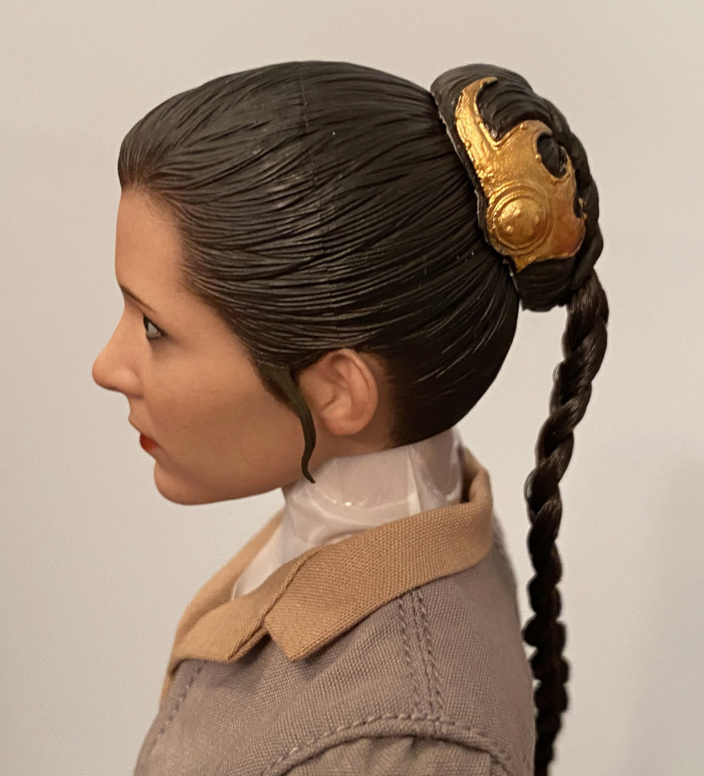 NEW PRODUCT: HOT TOYS: STAR WARS: RETURN OF THE JEDI PRINCESS LEIA 1/6TH SCALE COLLECTIBLE FIGURE Img_8419